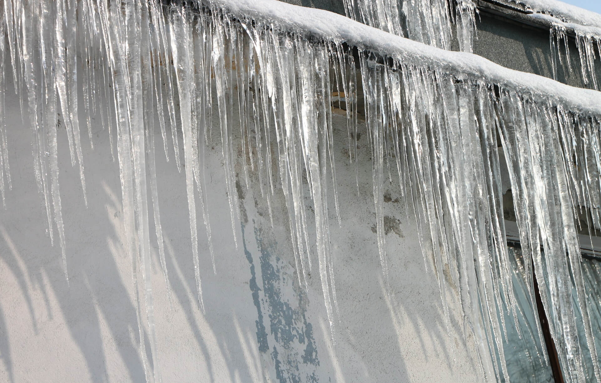 icicles RTD Ice Dam Removal